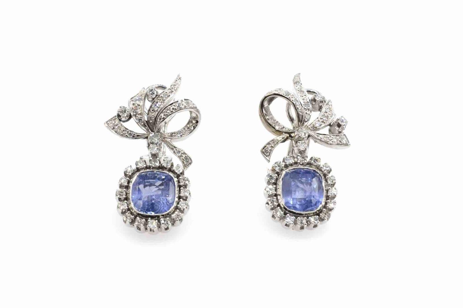 boucles d'oreilles pendantes saphirs diamants