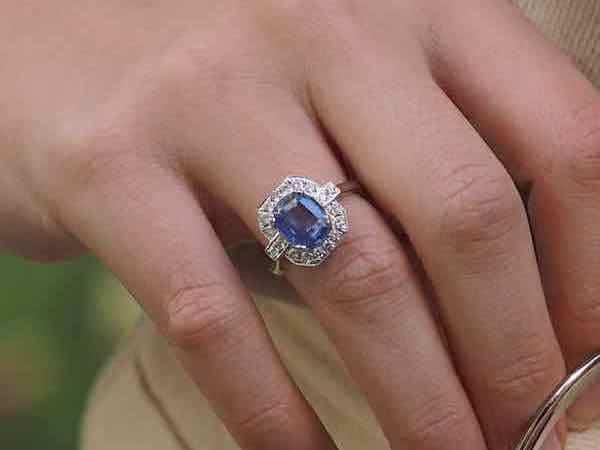 bijoux anciens, bagues anciennes saphir diamants