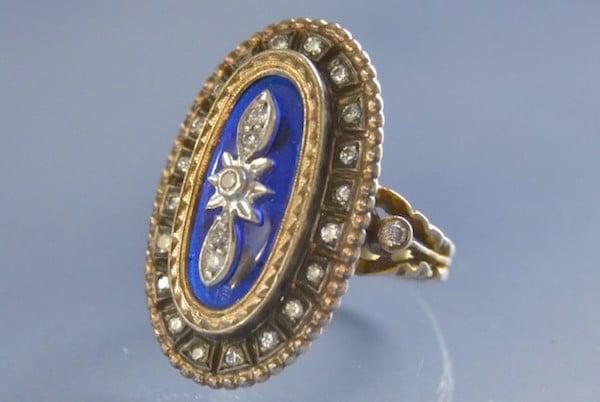 Bague époque 1900 en or 18k et émail bleu, bijoux anciens