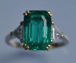 achat bijoux d'occasion, bague émeraude diamants