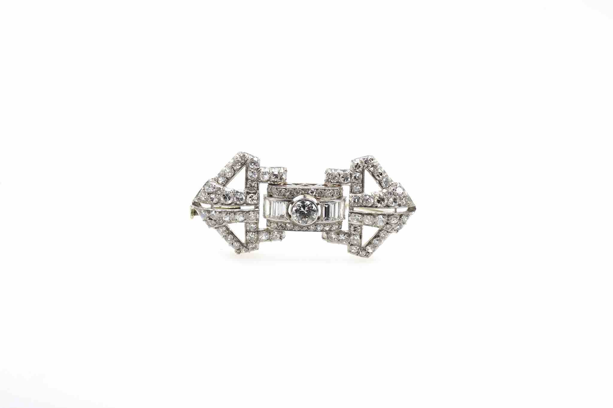 broche diamants art deco