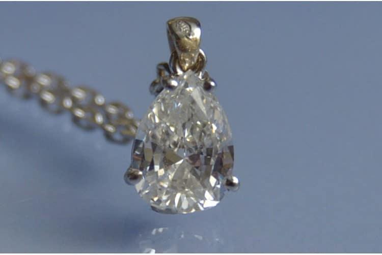 collier diamant poire art deco