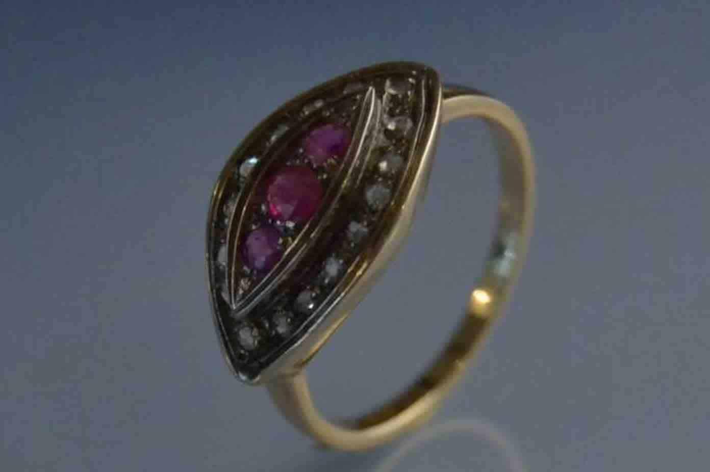 vendre Bague 19eme rubis et diamant
