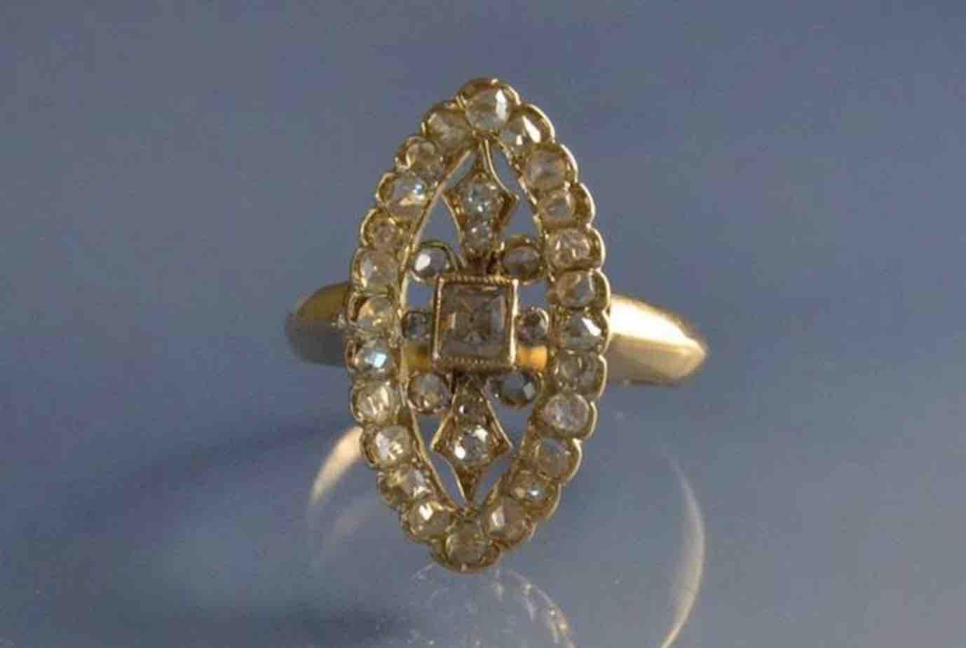 Bague sertie de diamants 19e siecle
