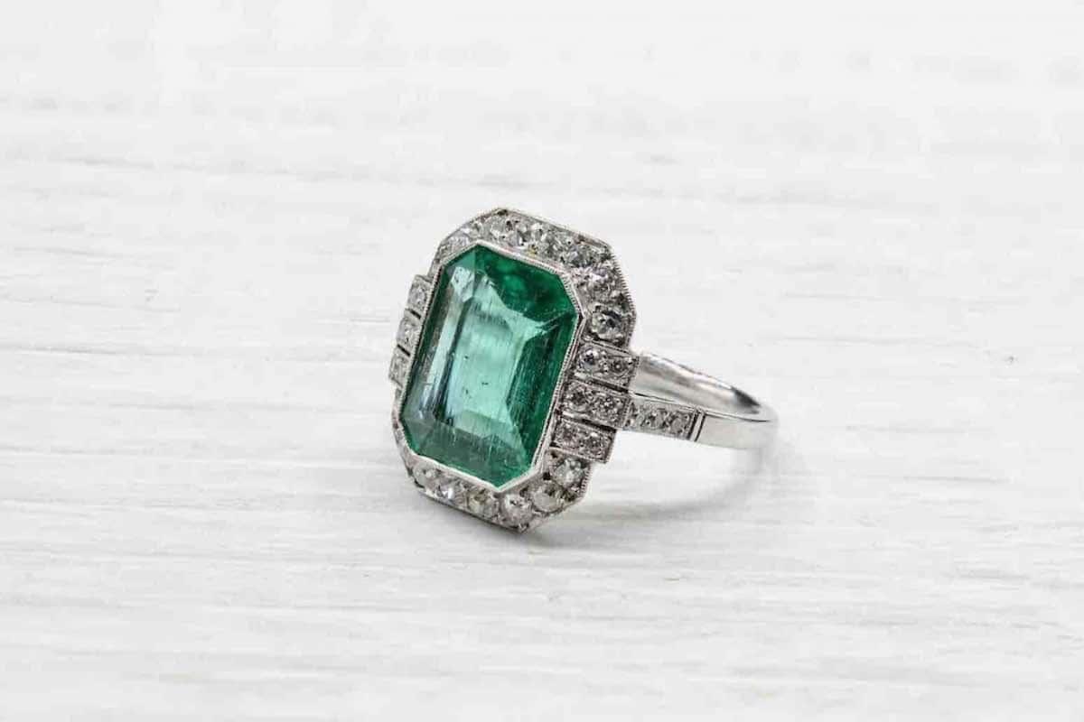emeraude diamants fiançailles