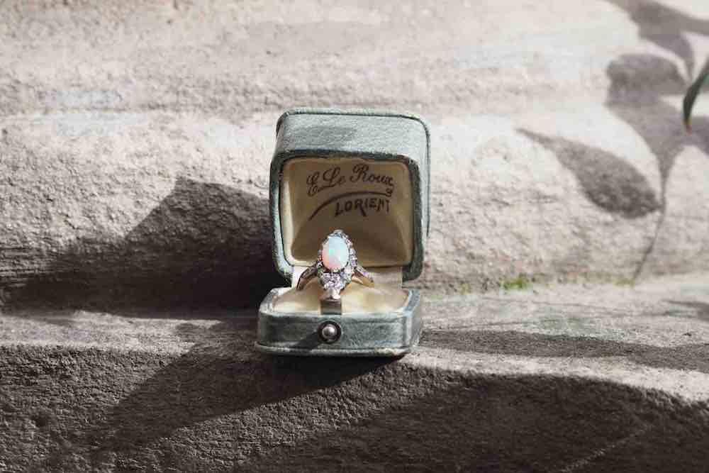 rachat bague opale ancienne