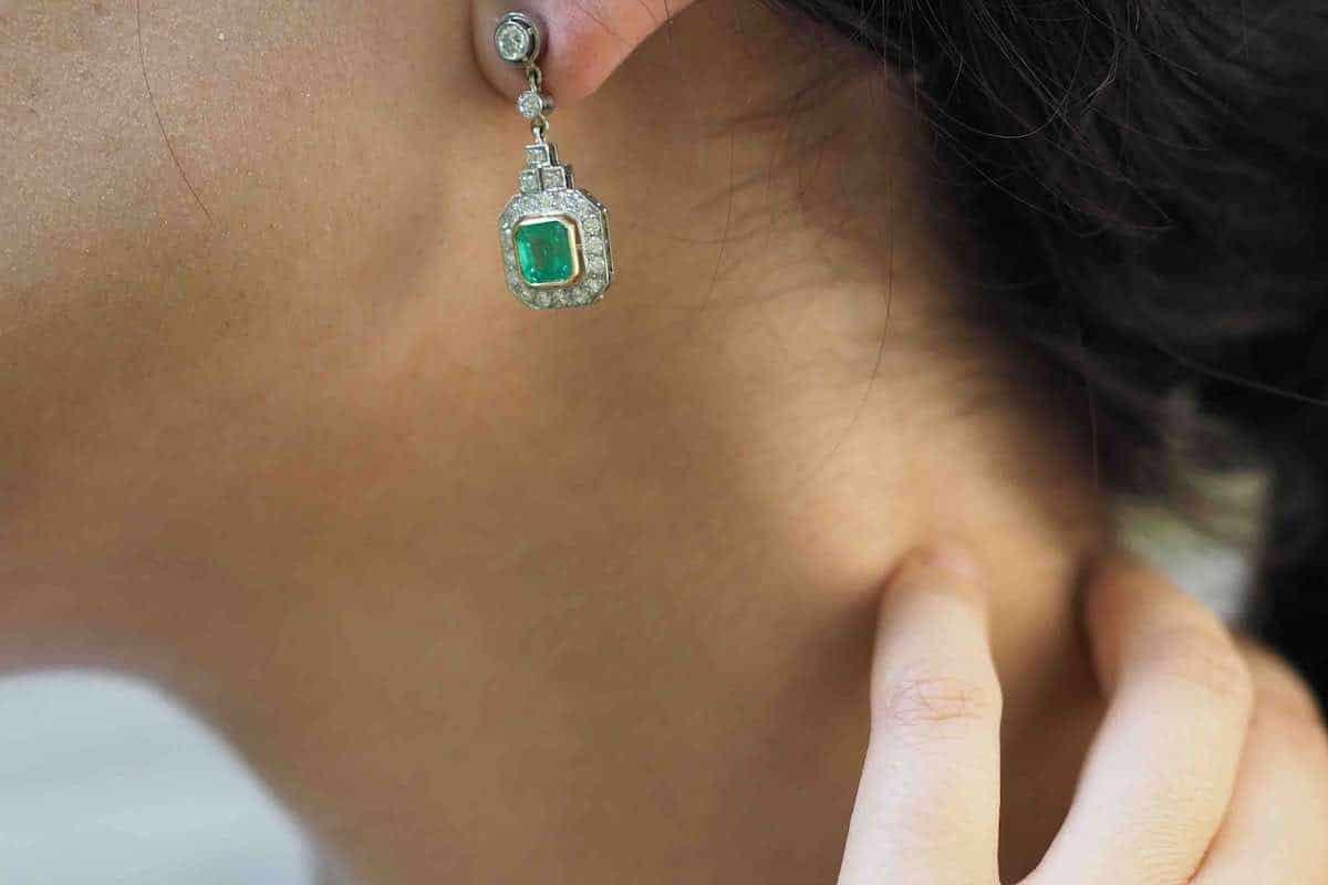 boucles d'oreilles émeraude naturelle