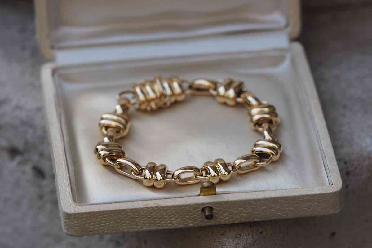 bracelet en or vintage