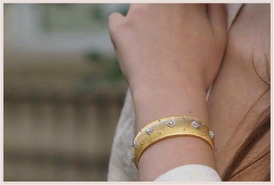 revendre bracelet signé buccelatti 1960