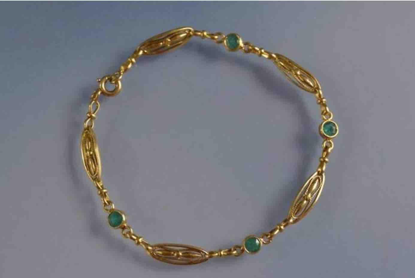 achat bracelet emeraude Napoleon III en or