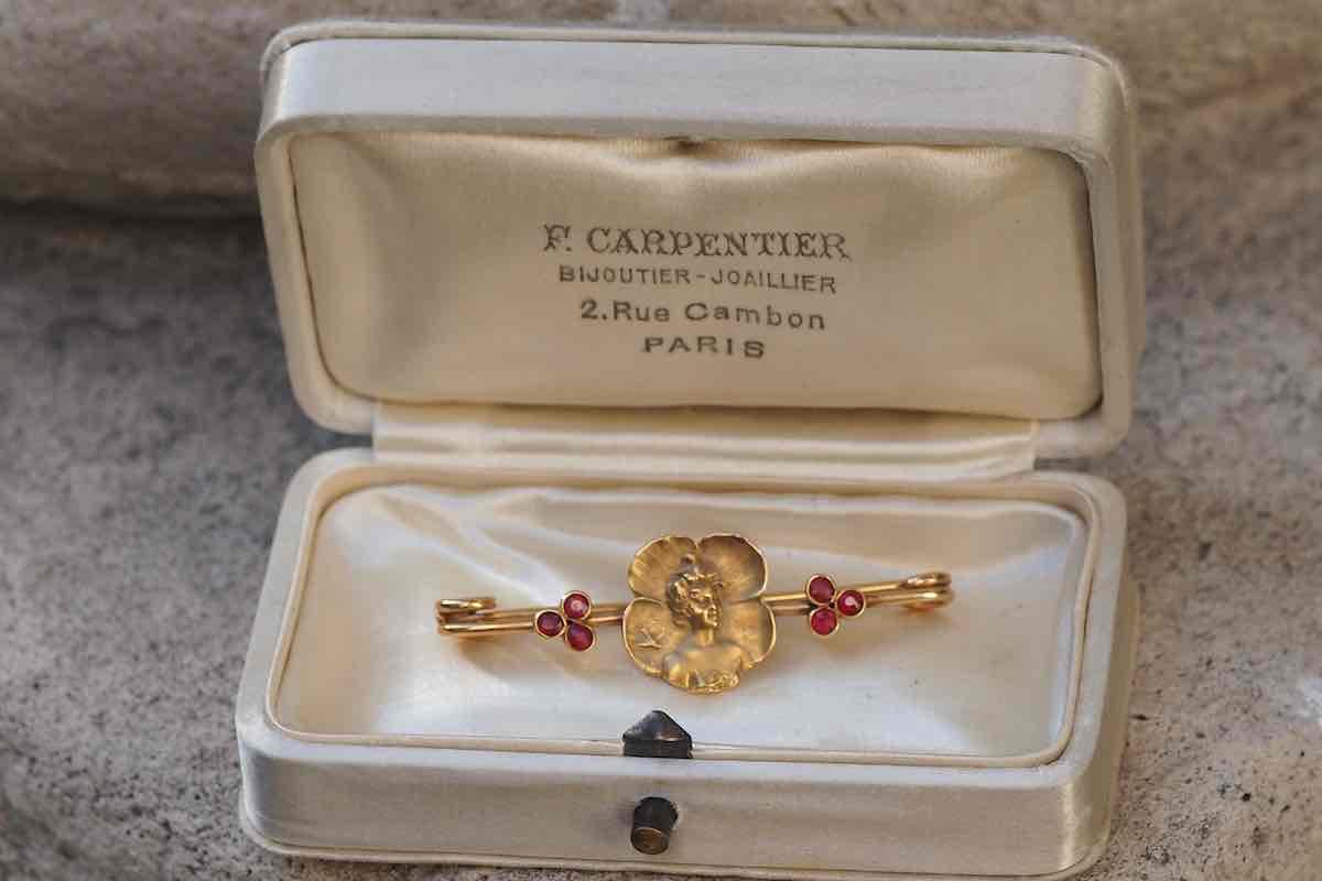 achat de broche en or 18k art nouveau