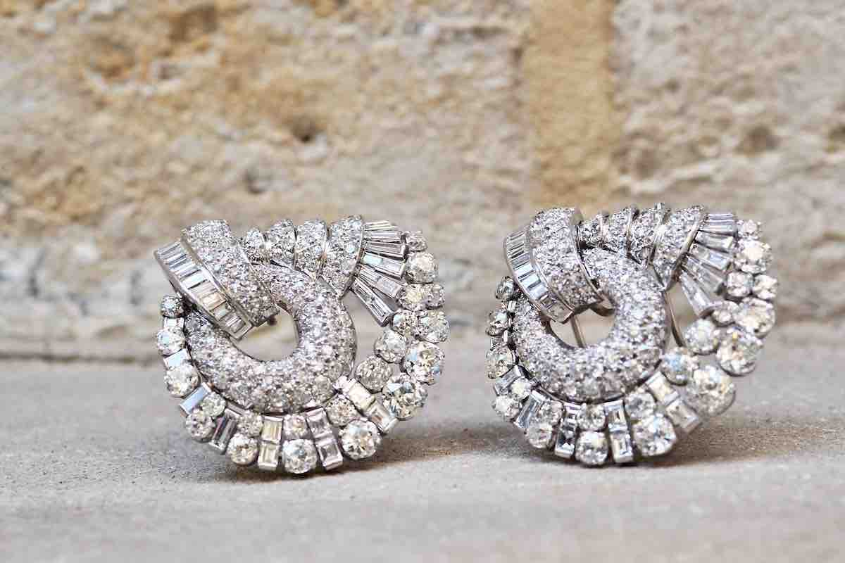 broches signées diamants