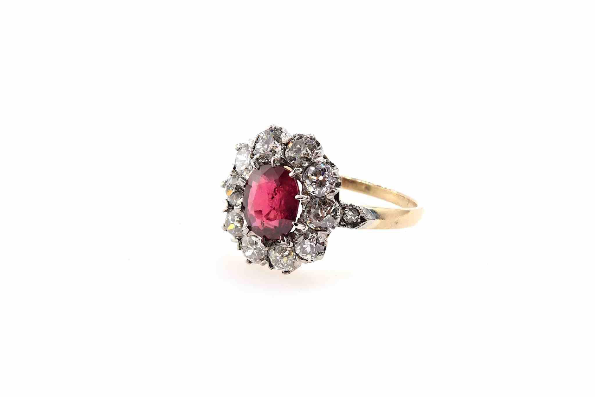 bague entourage rubis diamants