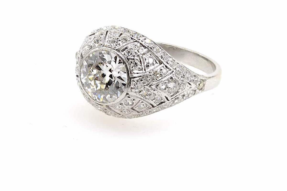 creation bague mariage sertie de diamants