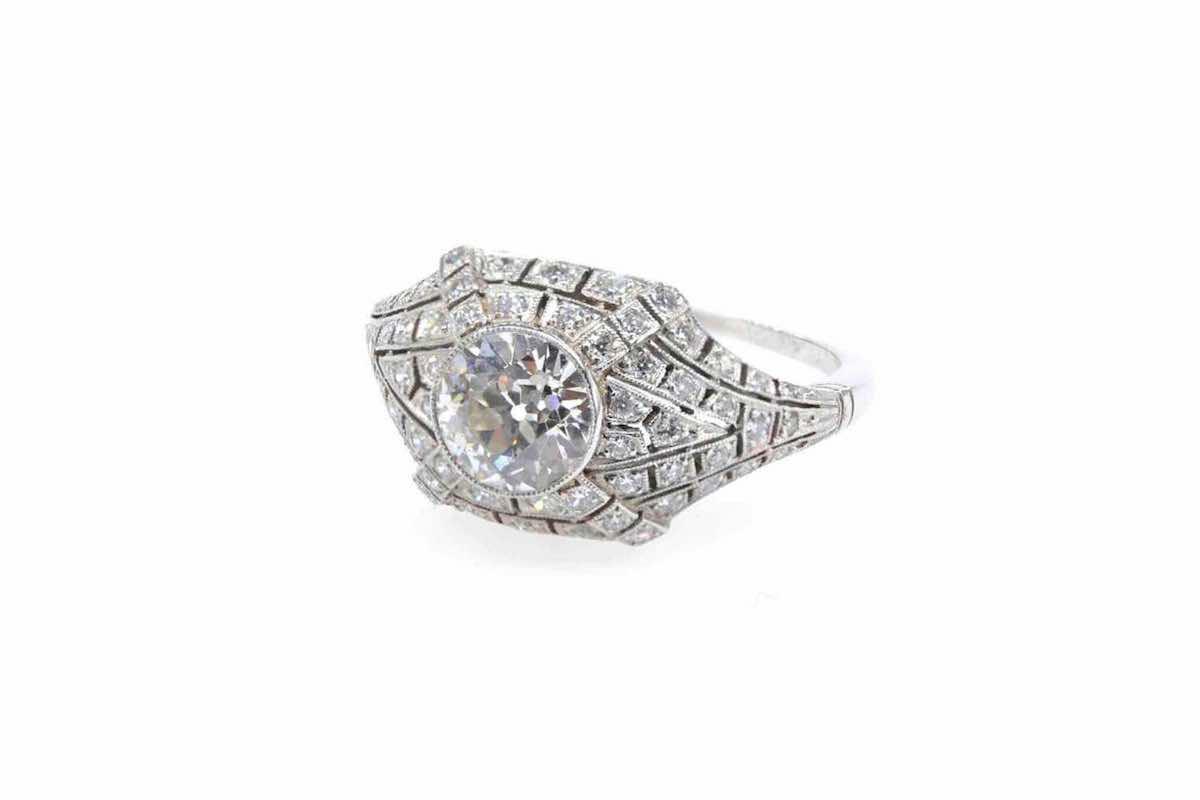 bague sertie du diamants