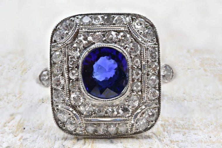 Bague 1930 saphir et diamantsen platine