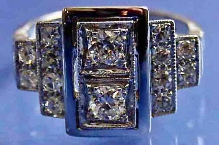 Bague style art déco diamants