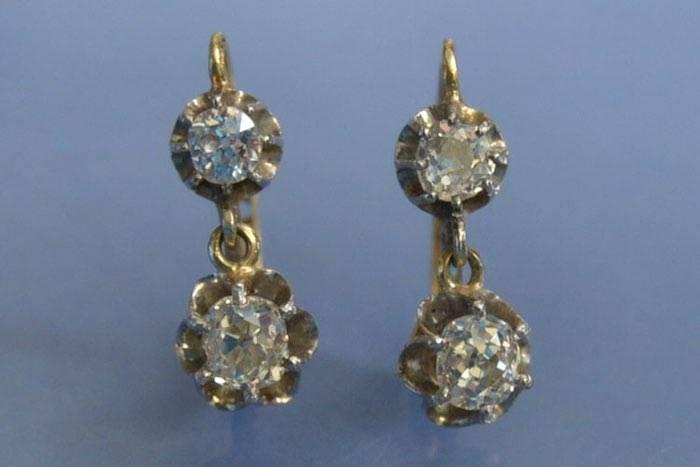 boucles d'oreilles dormeuses or, platine et diamants