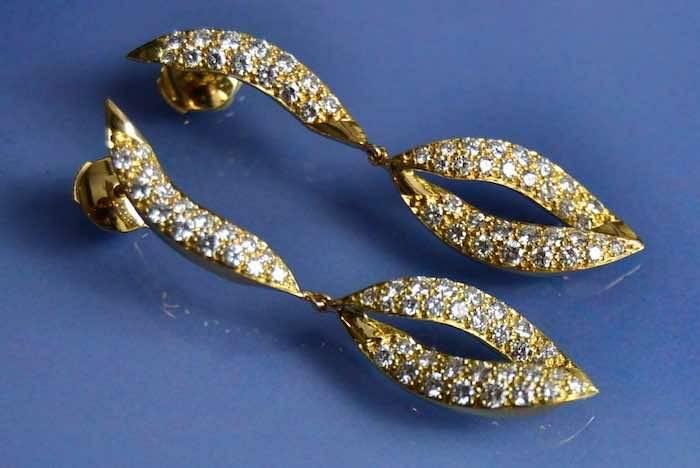 Pendants d'occasion motif feuilles or et diamants