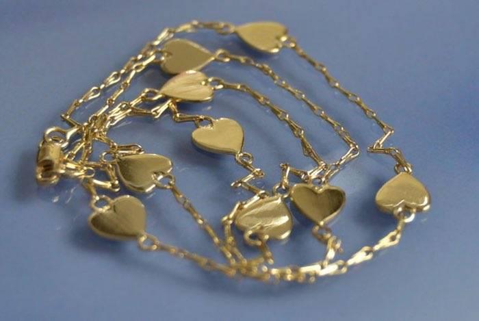 Collier coeurs en or