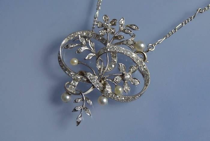Collier Art Nouveau or, platine, perles et diamants