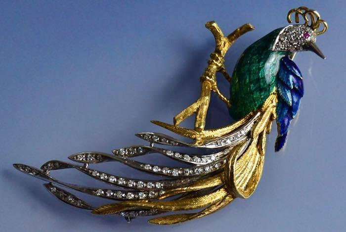 Broche oiseau de paradis 1960 émail et diamants oeil rubis