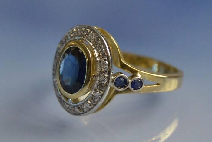 Bague saphir et diamants d'occasion