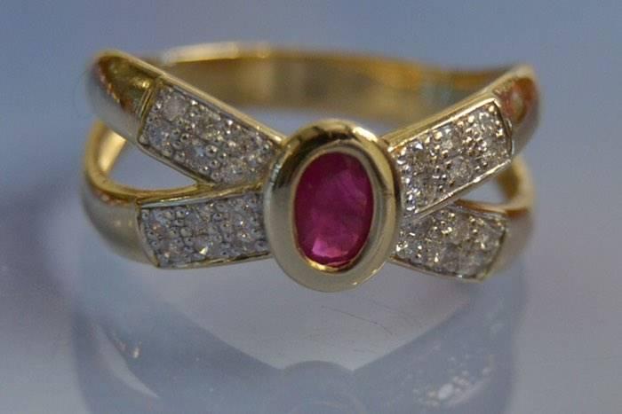 Bague d'occasion rubis et diamants