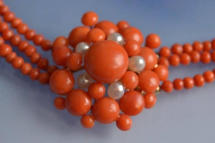 Collier perles de corail