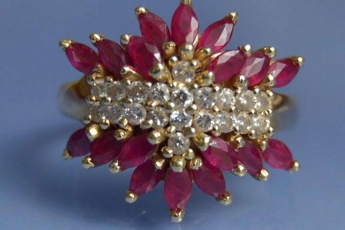 Bijoux d'occasion, bague rubis
