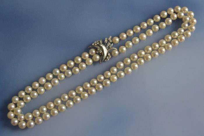 Collier Art Déco serti de perles de culture