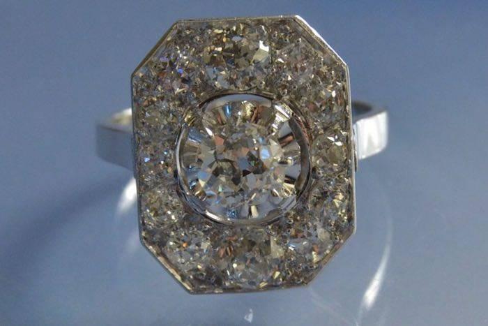 Bague Art Déco diamants d'occasion en platine