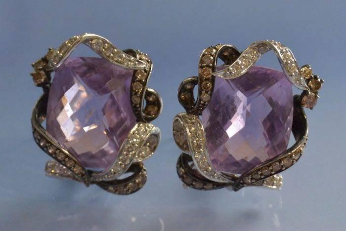 Boucles d'oreilles améthystes et diamants