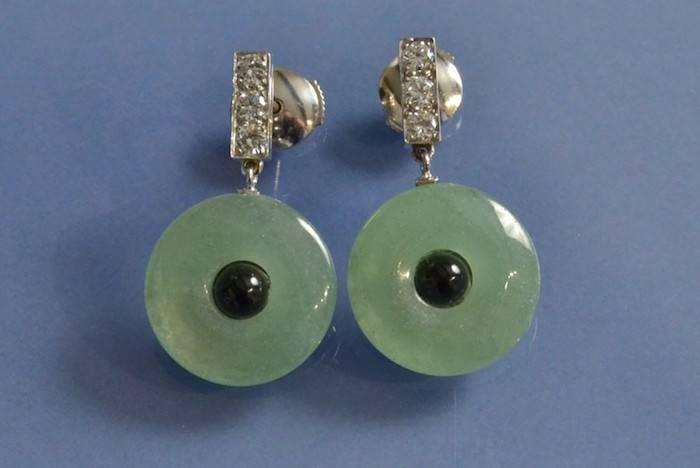 Boucles d'oreilles jade, onyx et diamants