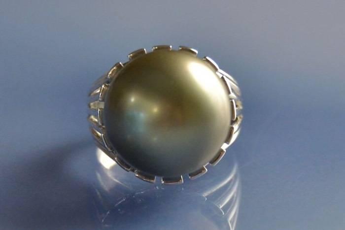 Bijoux anciens, bague perle de Tahïti