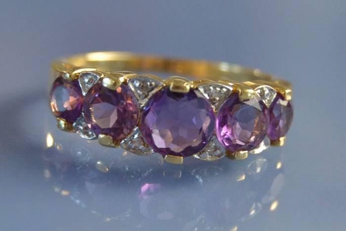 Bague d'occasion améthystes et diamants