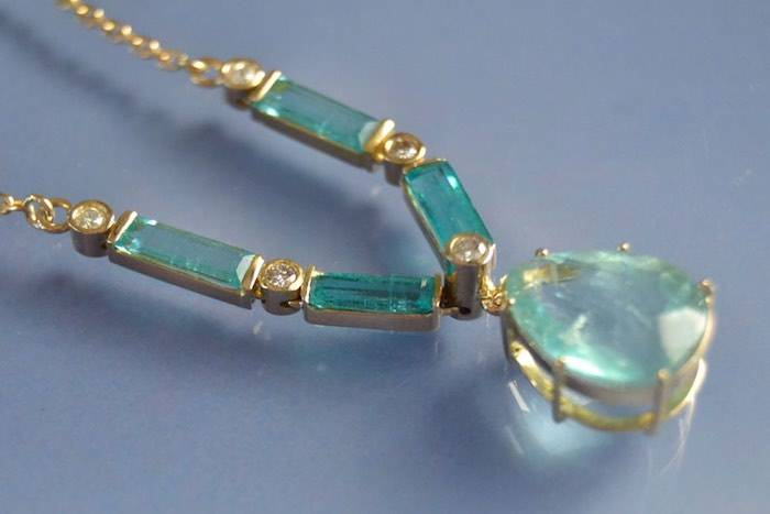 Collier émeraudes et diamants