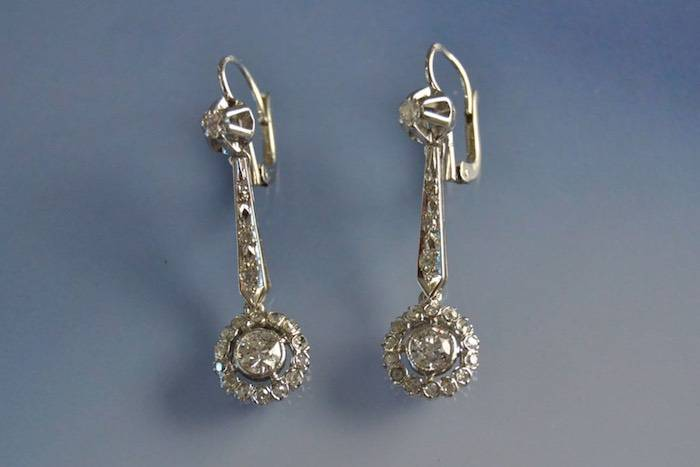 Boucles d'oreilles art déco or serti de diamants