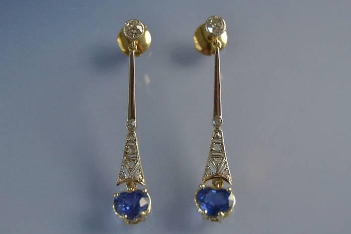 boucles d'oreilles saphirs motif coeur et diamants