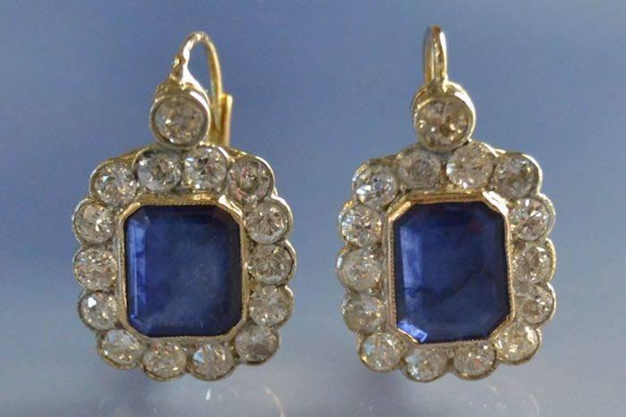 boucles d'oreilles 1920 or, saphirs et diamants