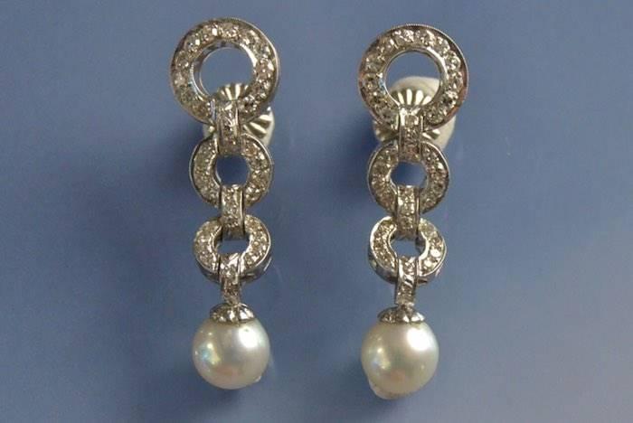 Boucles d'oreilles or, perles et diamants