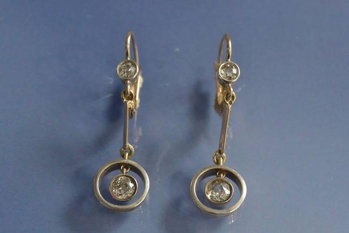 Boucles d'oreilles Art Déco deux ors et diamants
