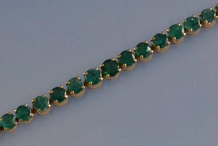 bracelet ligne émeraudes et diamants