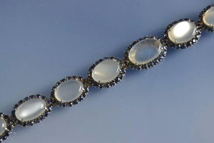 Bracelet Art Déco pierres de lune et saphirs en argent