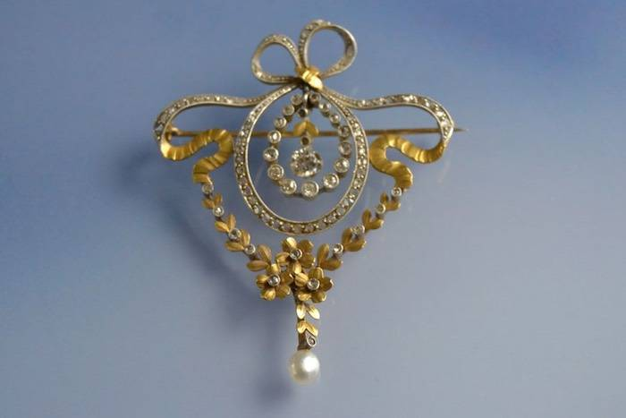 Broche Art nouveau authentique diamants