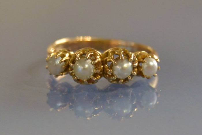 Bague ancienne perles