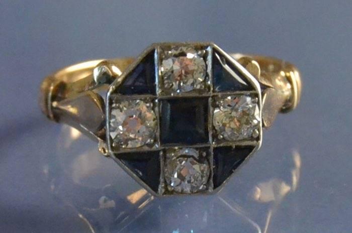 Bague ancienne art déco saphirs et diamants