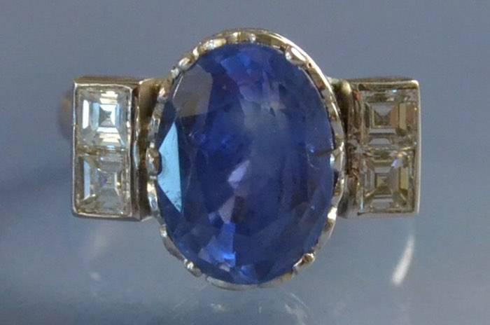 Bague ancienne platine saphir et diamants
