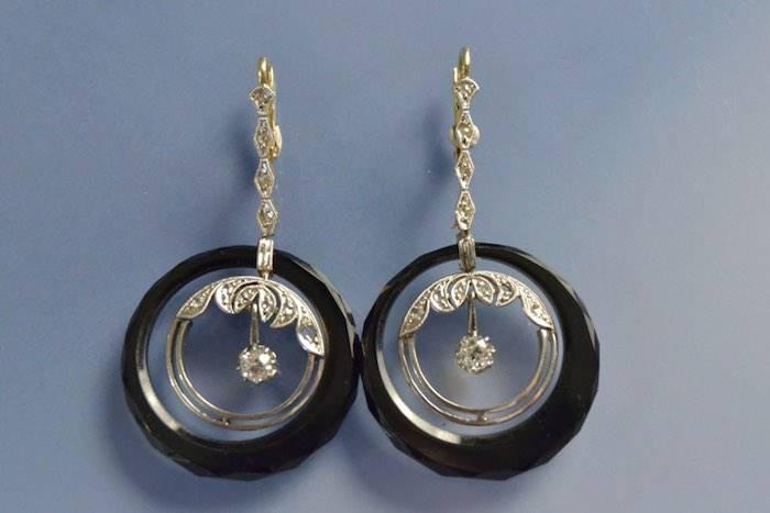 Boucles d'oreilles Art déco onyx et diamants