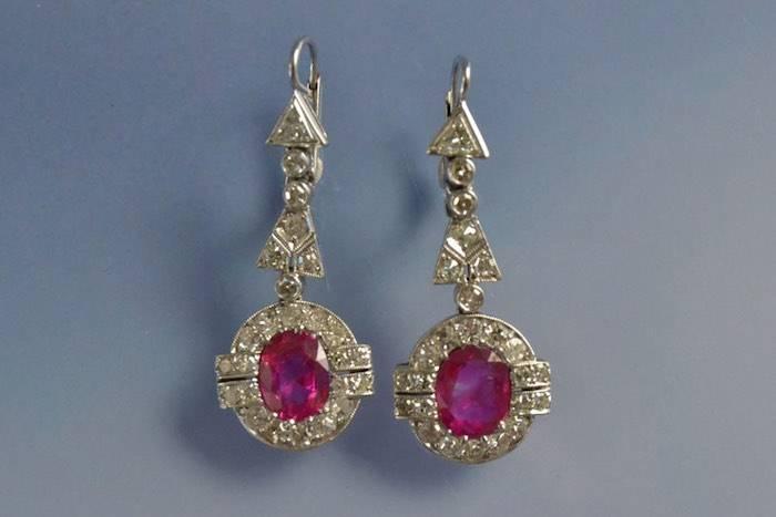 Boucles d'oreilles Art déco rubis et diamants